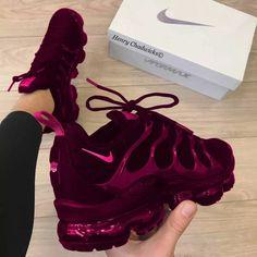 Sneakers Mode, Cute Sneakers, Sneakers Fashion, Fashion Shoes, Shoes Sneakers, Adidas Sneakers, Shoes Heels, Sneakers Workout, Platform Sneakers