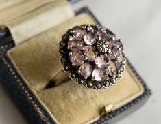 Vintage Silver Jewelry, Vintage Gold Rings, Antique Jewelry, Pink Jewelry, Antique Rings, Silver Jewellery, Silver Rings, Light Amethyst, Amethyst Rings