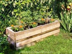 20+Creative+Ways+to+Upcycle+Pallets+in+your+Garden- this could be adapted to make a childrens outdoor kitchen