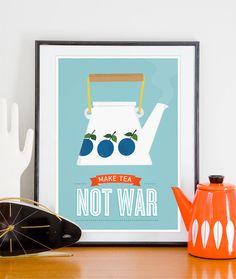 Impression de thé, cuisine imprimer, Stig LIndberg Prunus, affiche de pot tea kettle, art de devis de cuisine, milieu du siècle moderne, Make thé pas la guerre, art pariétal thé par handz sur Etsy https://www.etsy.com/fr/listing/98177771/impression-de-the-cuisine-imprimer-stig