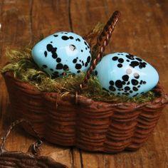 Salt & Pepper Pot Eggs In A Basket