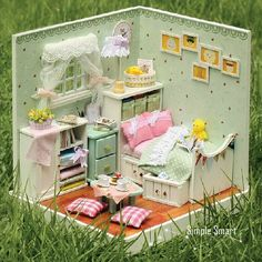 He encontrado este interesante anuncio de Etsy en https://www.etsy.com/es/listing/230179400/miniature-dollhouse-room-diy-kit-home