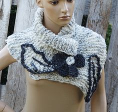 Knitt Scarf Capelet Woman winter fashion Cape White by Degra2