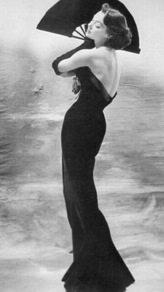 1950's Black Sexy low cut back Gown ♥ Fan is a stunning accessory♥