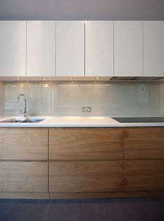 Uplifting Kitchen Remodeling Choosing Your New Kitchen Cabinets Ideas. Delightful Kitchen Remodeling Choosing Your New Kitchen Cabinets Ideas. Kitchen Room Design, Kitchen Cabinet Design, Modern Kitchen Design, Home Decor Kitchen, Interior Design Kitchen, Home Kitchens, Modern Design, Modern Kitchen Cabinets, Ikea Kitchen