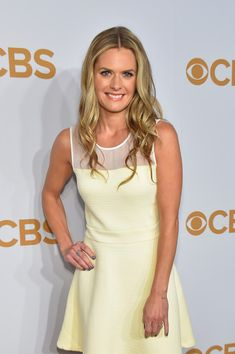 Maggie Lawson Photos - Actress Maggie Lawson attends the 2015 CBS Upfront at The Tent at Lincoln Center on May 2015 in New York City. Maggie Lawson, Psych, Great Smiles, Beautiful Women, Lincoln Center, Actresses, Lady, Tent, York
