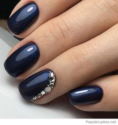 Navy gel nails with glitter