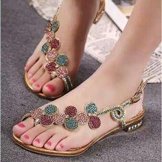 Very pretty sandals!
