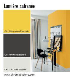 Luminosité et gaité maximum pour cette atmosphère contemporaine. www.chromaticstore.com #deco #jaune #bureau