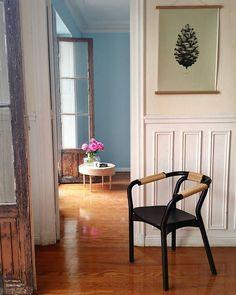 Repost from @kado_decoracion (Instagram). 1:1 Pine Cone (light forest green) by Form Us With Love. Buy print at https://paper-collective.com/product/nature-11-pine-cone-light-forest-green/ #normanncopenhagen #chairs #wouddesign #mywouddesign #papercollective #laminas #artwall #table #NordicDesign #furnituredesign #deco #interiordesign #inspiración #scandinaviandesign #style #danishdesign #homedesign  #estilismoskado #pisosendonosti #tiendasdediseño #diseñonordico