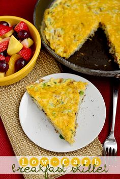 Low-Carb Breafkast Skillet - Made with cauliflower hash browns #Brunch #Breakfast #Eggs #Recipes