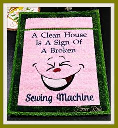 Make your time inside your sewing room a funny and wacky existence with this hilarious foot pedal pad you make IN ONE HOOPING and can use it immediately! Your sewing friends will enjoy one too! Free Sewing, Vintage Sewing Patterns, Sewing Tips, Sewing Ideas, Sewing Tutorials, Sewing Humor, Sewing Machines Best, Lazy Daisy Stitch, Machine Embroidery Projects