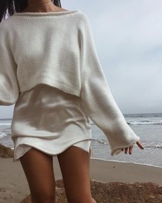 30 + All-White Outfits That I Will Be Copying All Summer Long - Style in the Way - - This calls for an extra dose of Tide To Go. All White Outfit, White Outfits, Casual Outfits, Beach Outfits, White Sweater Outfit, Fall Outfits, Looks Style, Looks Cool, My Style