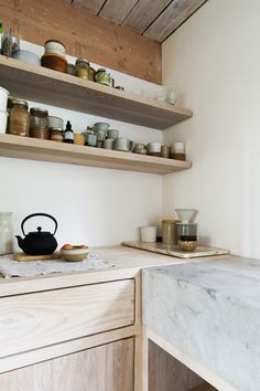 Kitchen details | North Vancouver House by Scott & Scott Architects | est living Open Shelving, Shelving Ideas, Open Kitchen, Kitchen Corner, Kitchen Shelves, Country Kitchen, Wood Cabinets, Kitchen Cabinets, Kitchen Walls