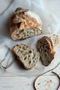 Pagnotta con farina di farro monococco e prefermento