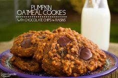 Pumpkin Oatmeal Cookies with Chocolate Chips & Raisins | JavaCupcake.com