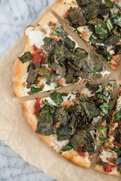 Recipe: Sausage Pizza with Crispy Kale Chips