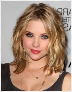 25 Best Medium Hairstyles For Round Faces Images On Pinterest
