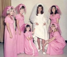 The Most Ridiculous Vintage Bridesmaid Dresses That Nobody Should Have To Wear wedding damas Vintage Bridesmaid Dresses, White Wedding Dresses, Brides And Bridesmaids, Vintage Dresses, Wedding Gowns, Vintage Outfits, Vintage Fashion, Wedding Parties, Bridesmaid Ideas