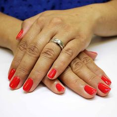 A Brilliant Red Evo Gel. With her loyal heart, bright red flows through her veins Bio Sculpture Gel, Nail Colors, Colours, Season Colors, Evo, Nails Inspiration, Gel Nails, Canada, Collections