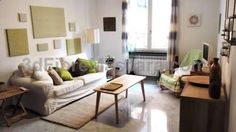 Porta Soprana Apartment Genoa Porta Soprana Apartment is an apartment situated in Genoa, 500 metres from Via Garibaldi. The unit is 700 metres from Genova aquarium. The kitchenette is fitted with an oven and a microwave, as well as a coffee machine and a kettle.