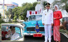 Bima dan Yane Naik Mobil Antik Sebelum Pimpin Upacara HUT RI www.heibogor.com
