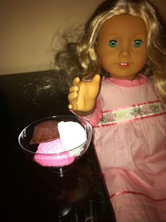 Tonight I tried my hand at making a couple of sweet play foods for my daughter's American Girl dolls. I used sculpty clay in white, dark brown and red. Aluminum foil crumbled in a ball Tiny 2…