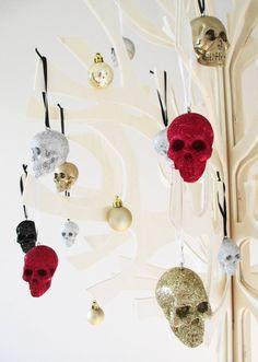 Glitter Skull Set 4 Glitter Skulls Skull Gothic by hodihomedecor