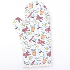 Made another oven mitt from my Breakfast Bliss pattern and got it listed in the etsy shop! Snag this one with free shipping or grab the fabric from @spoonflower and get your diy on! #HeartsAndSharts #CuteShit