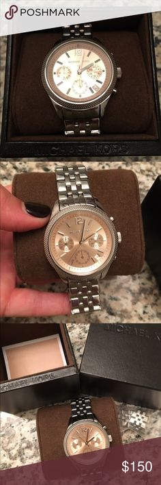 Michael Kors Watch Ritz Watch Rose Face They no longer make this watch. It's in perfect condition. Worn once. Comes with extra links. Retails for $250. Michael Kors Accessories Watches