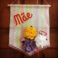 Dia das Mães em Feltro Diy, Tableware, Gifts, 8 Martie, Home Decor, Ideas, Souvenir Ideas, Good Ideas, Diy Creative Ideas