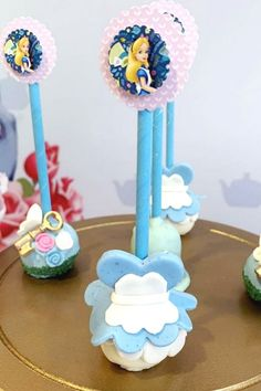 Swoon over this fabulous Alice in Wonderland birthday party! The cake pops are magical! See more party ideas and share yours at CatchMyParty.com  #catchmyparty #partyideas #aliceinwonderland #aliceinwonderlandparty #girlbirthdayparty #cakepops Birthday Cake Pops, Tea Party Birthday, Girl Birthday, Alice In Wonderland Cakes, Alice In Wonderland Birthday, Wedding Cake Pops, Baby Shower Cake Pops, Cakepops, Party Cakes