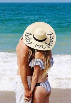 pregnancy-announcement-cute-baby-board-hat #pregnancyannouncements,