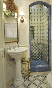 Traditional Bathroom Small Bathroom Design, Pictures, Remodel, Decor and Ideas - page 34...not colors but frame of shower