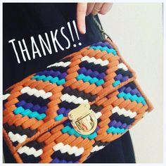 Happy便〜♡♡ 今をときめくネット編みの先駆者 @tokkkin ちゃんから素敵なバッグが届きましたーー✨ ・ ひょんなことから仲良くさせてもらってます♡ ・ こんな感じで〜て画像送っただけですんごくかわいいバッグに仕上げてくれました✨ @tokkkin ちゃんありがとーー大切に使うね!!! ・ #交換便#tokkkin #LOVE#ハンドメイド#ニットバッグ#フリンジバッグ#マルシェバッグ#クラッチ#クラッチバッグ#ポーチ#フックドゥ#ズパゲッティ#フックドゥリボンxl#かぎ針編み#手作り#ポーチ#handmade#knitting#crochet#hoooked#hoookedzpagetti#zpagetti#ribbonxl#bag#pouch#smile#MONOPOP#AKNIT