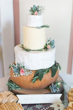 Trendy 'cheese' cake! http://www.stylemepretty.com/canada-weddings/british-columbia/vancouver/2015/08/31/rustic-romantic-vancouver-wedding/ | Photography: Christine Pienaar