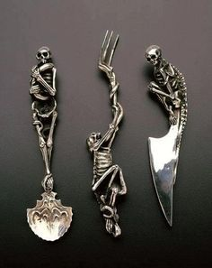 ready for dinner - Skeleton cutlery, designed by André Lassen, hand made by Raven Armoury.