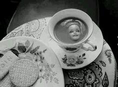 Tea with barbie, decapitation, drink me, eat me