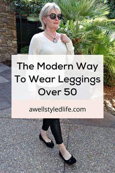 Fashion Over Fifty, Over 50 Womens Fashion, Fashion Over 50, Look Fashion, Fashion Beauty, Short Girl Fashion, Tall Women Fashion, Fashion Fall, How To Wear Leggings