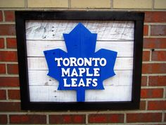 Handmade Wood Toronto Maple Leafs Wall Art - Reserved for Andrew. Wooden Wall Art, Wood Art, Hockey Crafts, Hockey Bedroom, Toronto Photography, Sports Signs, Homemade Signs, Gifts For Sports Fans, Harry Potter Gifts