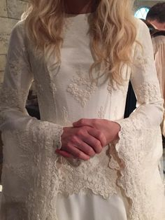 Front detail of Emma's Swan's Camelot ballgown. I'm always so disappointed that you can't see this amount of detail on television. But this is still gorgeous!!