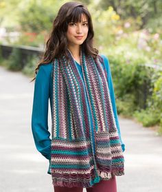 Wrapped in Elegance Free Crochet Pattern in Red Heart Yarns
