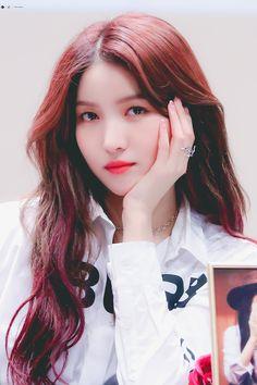 Photo album containing 6 pictures of Sowon Pop Group, Girl Group, Pikachu, Gfriend Sowon, Wattpad, G Friend, Kpop Girls, My Girl, Girlfriends