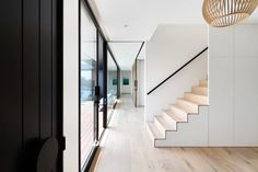 Blairgowrie Beach House - Contemporary - Staircase - Melbourne - by Meraki Creative Interior Design Inspiration, Home Interior Design, Interior And Exterior, Floors Direct, White Beach Houses, Beach House Tour, Aluminium Cladding, Box Building, Building Ideas