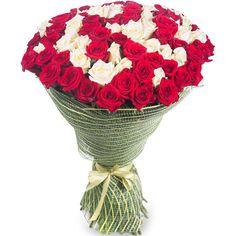 Артикул: 035-249 Состав букета: 101 роза красного и белого цвета, оформление Размер: Высота букета 60 см Роза: Выращенная в Украине http://rose.org.ua/bukety-iz-roz/1482-poezija-vostorga.html #букеты #букетроз #доставкацветов #RoseLife #flowers #SendFlowers #купитьрозы #заказатьрозы #розыпоштучно #доставкацветовкиев #доставкацветовукраина #срочнаядоставка #заказатьрозыкиев