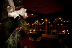 Love this #winterwedding decor!