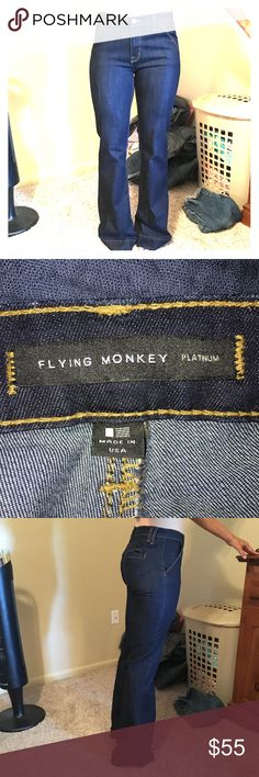 """FLYING MONKEY Wide Leg Jeans-Size 26-Length 34 Super cute * high wasted * wide leg jeans * dark wash/no distressing * material is stretchy * only worn about 5 times *** Reason for selling: too long for my height (5'4"""")....they do fit a little long for 34 length Flying Monkey Jeans Flare & Wide Leg"""