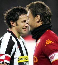 Totti and Del Piero God Of Football, Football Troll, Legends Football, Football Icon, Best Football Players, Football Is Life, Retro Football, Arsenal Football, Soccer Players