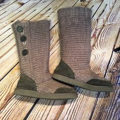 ALDO SUEDE AND SWEATER BUTTON STYLE BOOTS Cute gently used sweater boots by Aldo. A small amount of wear on the suede but very light. Color is gray ALDO Shoes Winter & Rain Boots