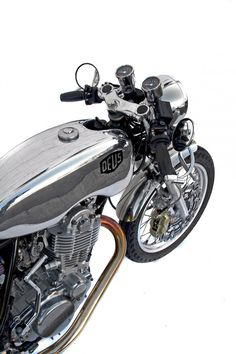 Silver SR TT | Deus Ex Machina | Custom Motorcycles, Surfboards, Clothing and Accessories